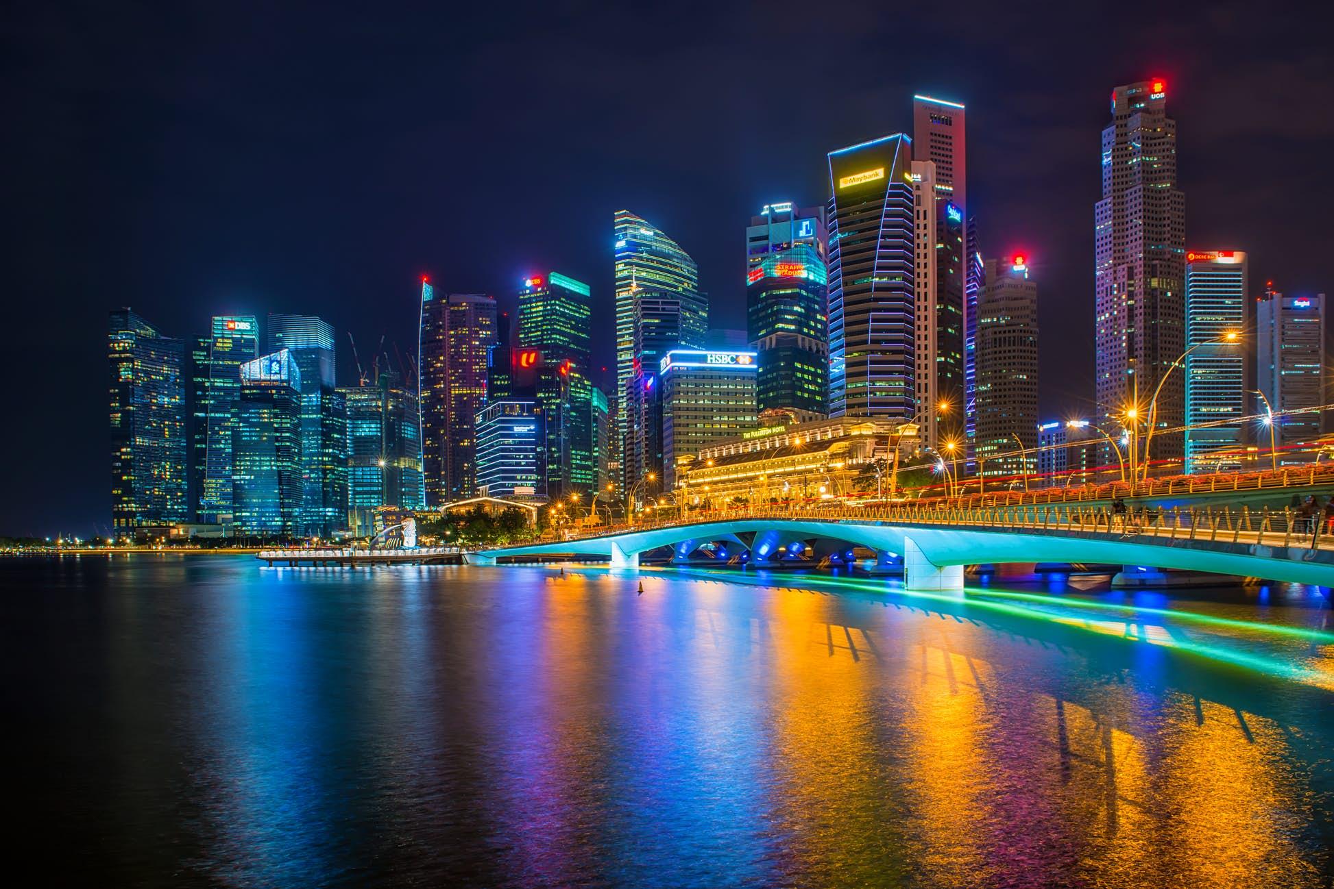 新加坡啟用電子追蹤器監控入境旅客或返國民眾