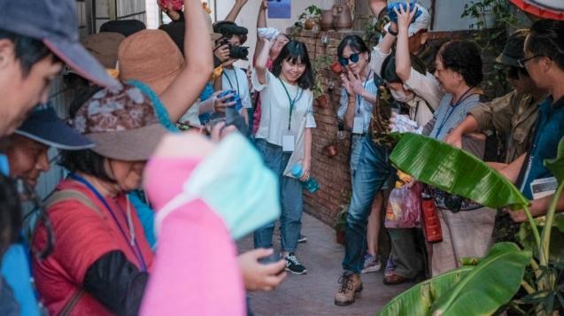 上街吧!搞藝術,藝術家帶領民眾即興創作,創造街區新亮點
