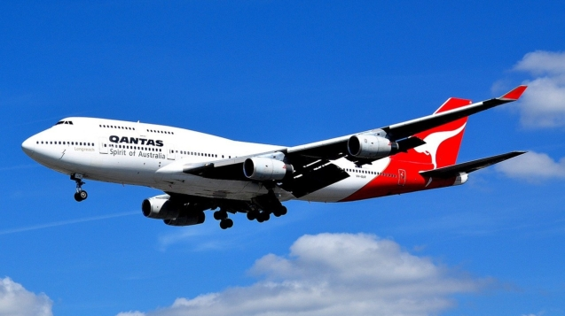 airplane-749539_1280