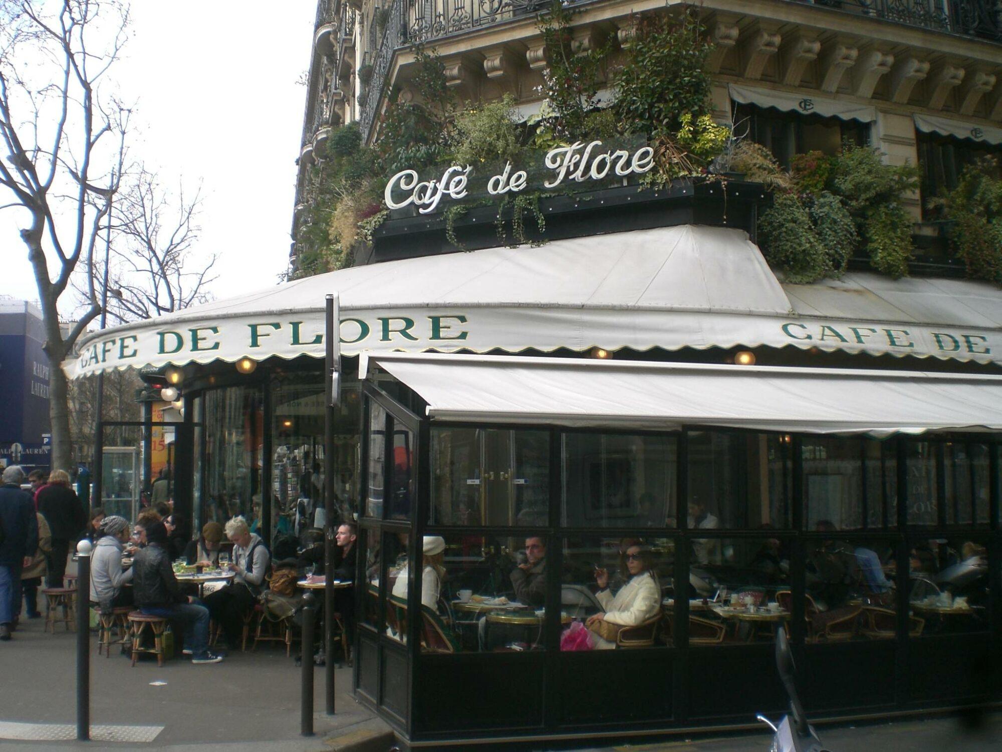 法國即日起放寬英國和其他六個國家的旅行限制
